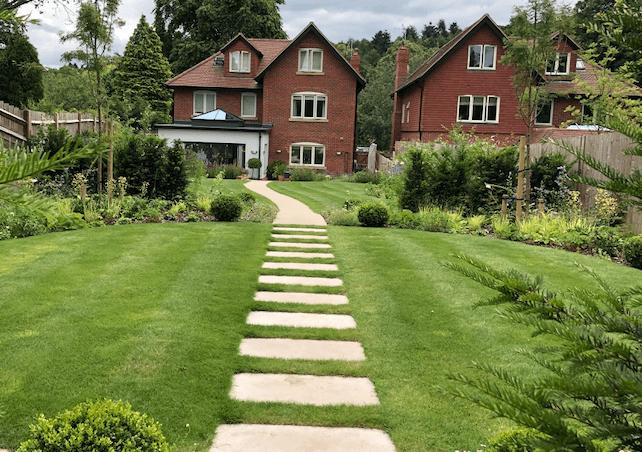 Garden landscaping Reigate